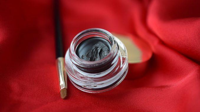Homemade Eyeliner