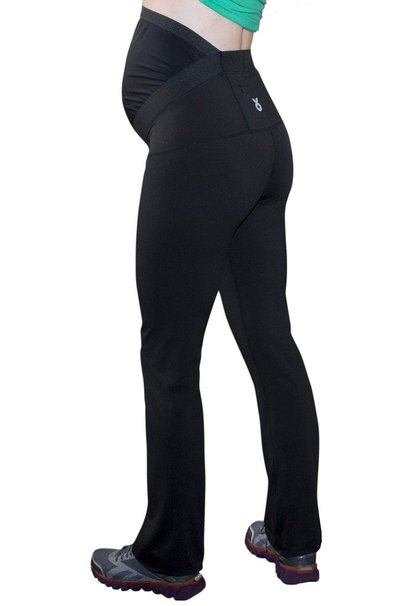 With an extensive maternity yoga pants line, Fit2BMom sells pants tailored to active wear, leisure wear, and all-purpose wear. The Fit2BMom Synergy Pant is the perfect all-purpose wear yoga pants for expecting mothers and can take wearers to yoga class, the grocery store, or even out to a casual party.