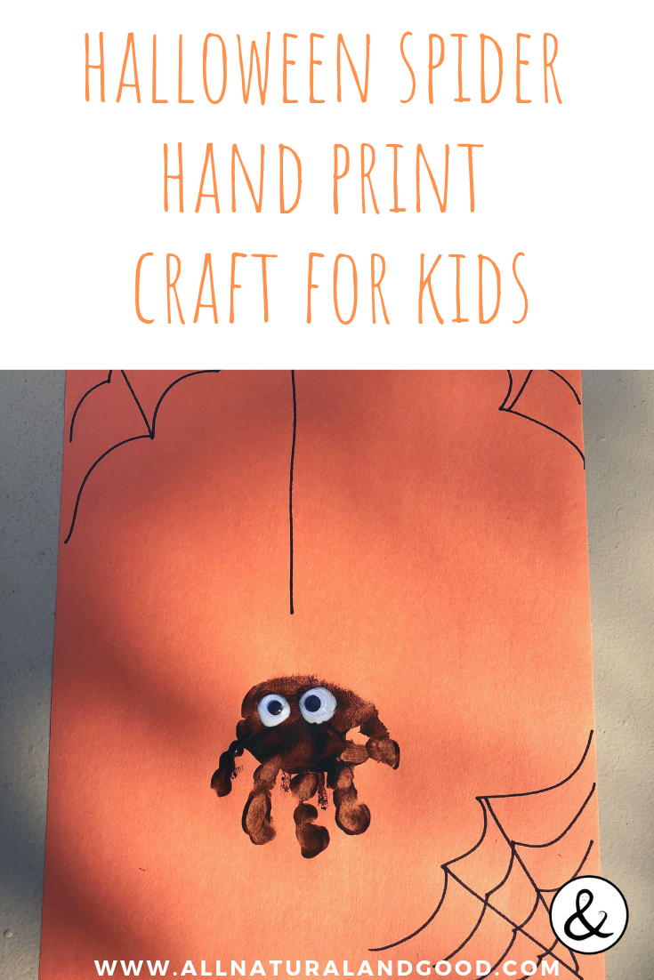 This spider hand print craft is the perfect Halloween craft for kids. Toddlers love this fall art craft too! #spider #spidercraft #halloweencraft #kidscraft