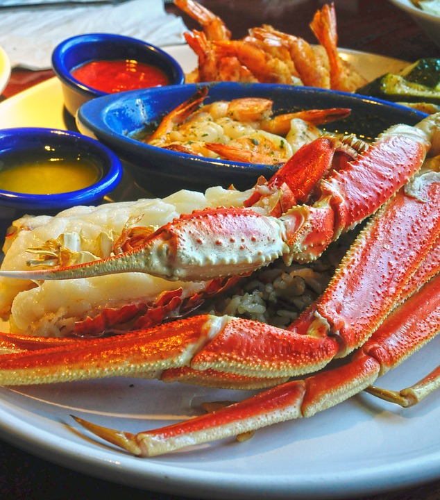 How to Cook Crab Legs in the Oven